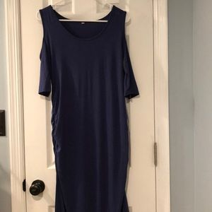 Dresses & Skirts - Maternity Dress w/Cold Shoulders - size large
